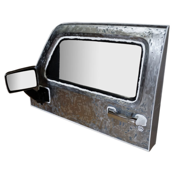 Eine noch sehr gut erhaltene Autotür eines Hummers, die zu einem außergewöhnlichen Badspiegel wurde von Tabula Grasa